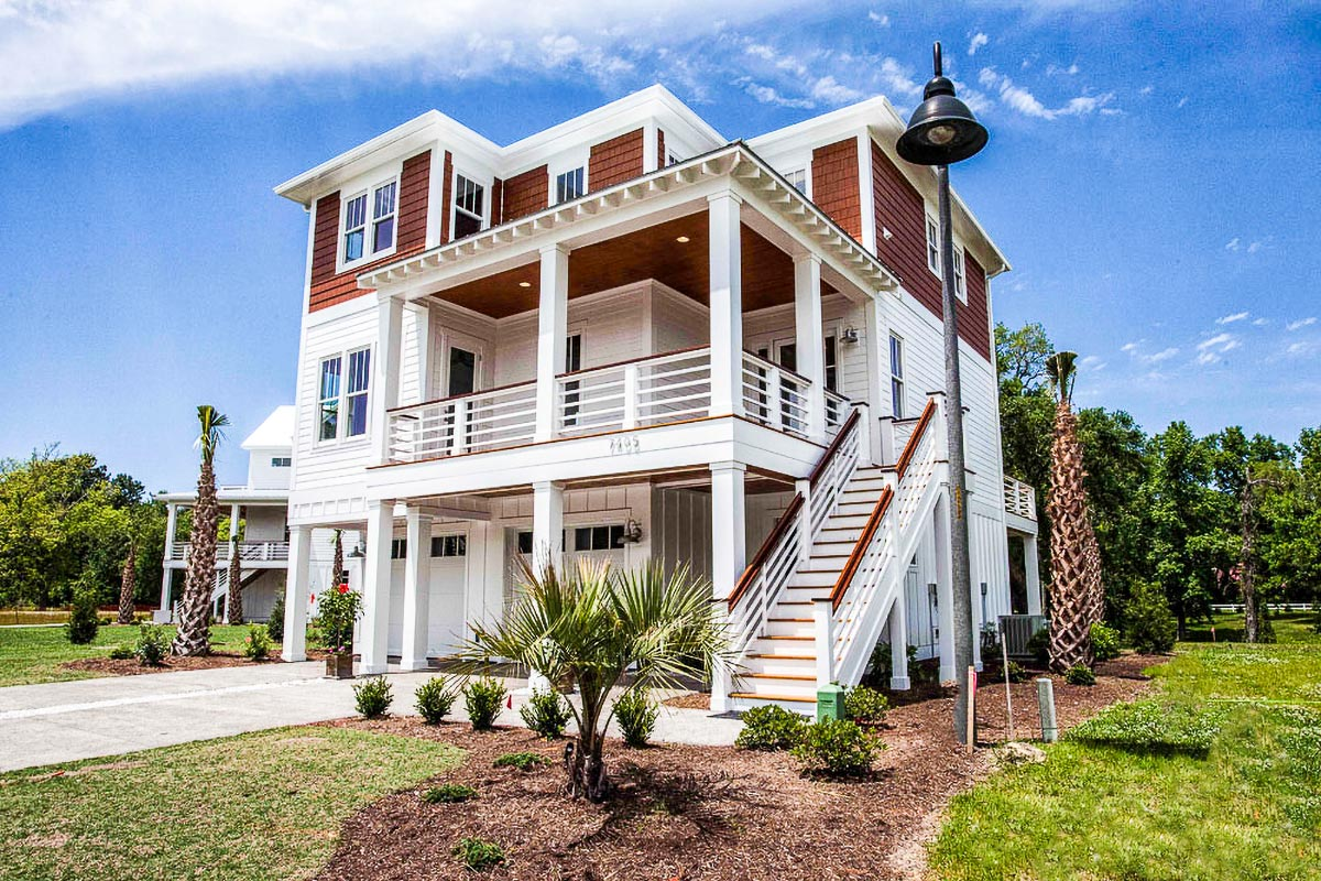 Four Bedroom Beach House Plan 15009nc Architectural