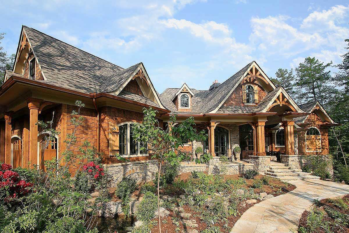 Award Winning Small Home Designs: Award-Winning Mountain Craftsman Plan