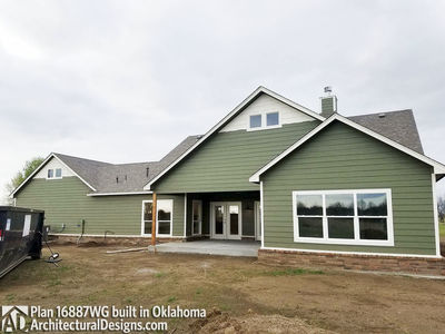House Plan 16887WG comes to life in Oklahoma! - photo 011