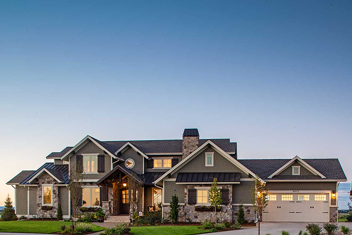 Traditional House Plan With Craftsman Touches 95023rw