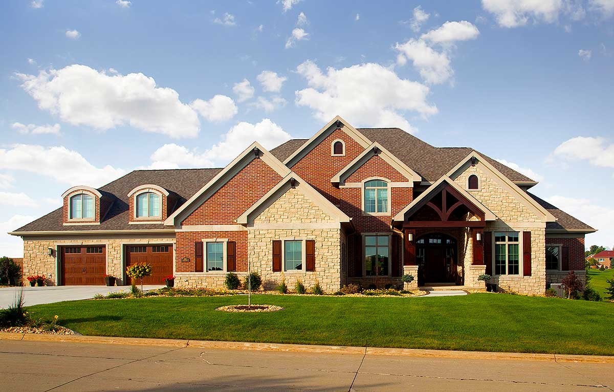 Stone Home Designs: Stone And Brick 4 Bed Luxury House Plan With Curved