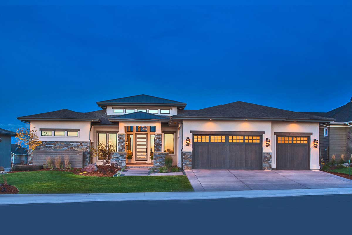 Stylish Prairie Mountain Modern House Plan - 95033RW ...
