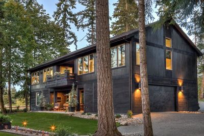 Modern Rustic House Design.Plan 737002lvl Two Suite Modern Rustic House Plan