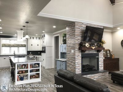 Exclusive Modern Farmhouse Plan 28925JJ Comes to Life in Texas - photo 005