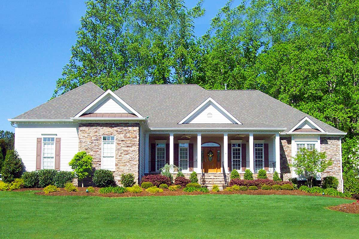 Exclusive 3 Bedroom House  Plan  with Walkout Basement  and 3