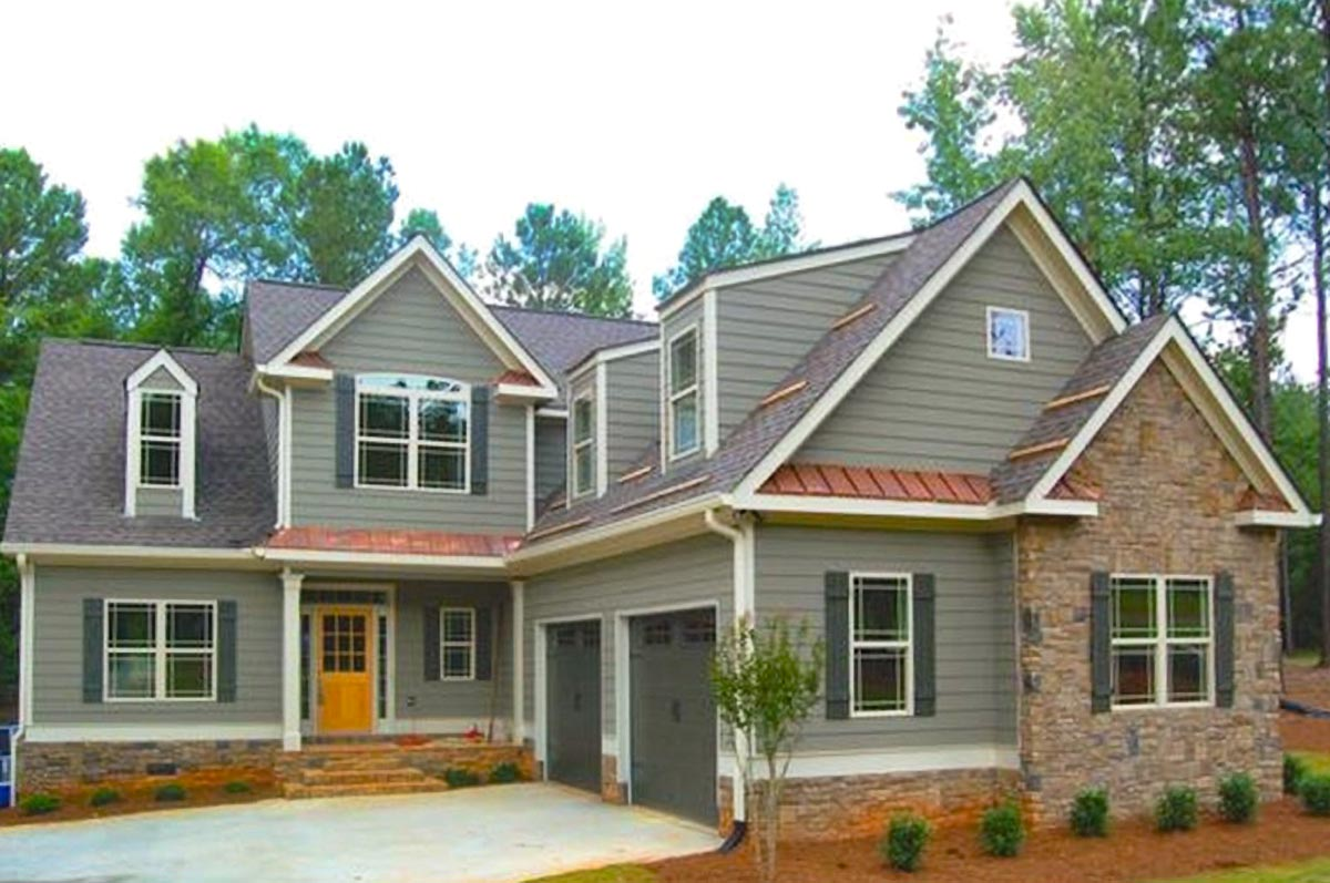 3-Bed House Plan With Courtyard-Entry Garage With Bonus
