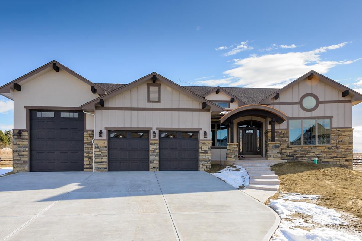 One Level Mountain House Plan with 5 Car Garage 95077RW