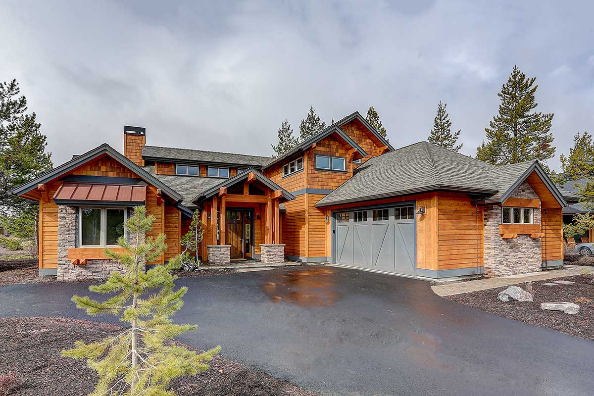 Attractive Mountain Craftsman House Plan with Vaulted ...