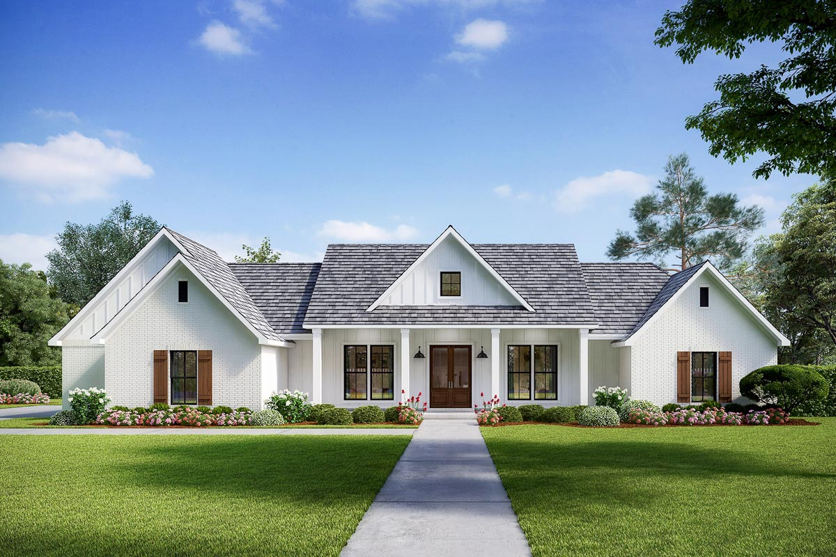 Exclusive Modern Farmhouse With Split Beds And Ample