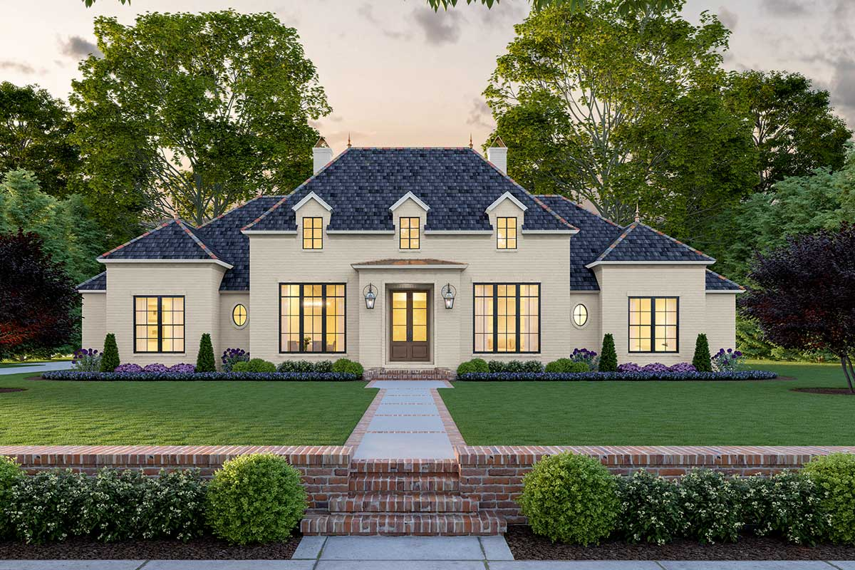 4 Bed Classic Southern House Plan With Perfect Exterior