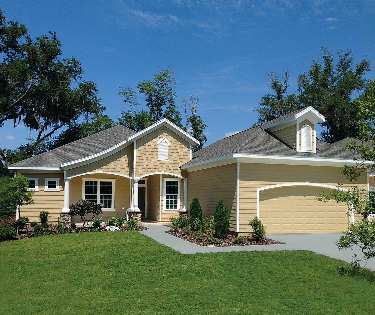 Energy Saving Ranch Home Plan - 33121ZR