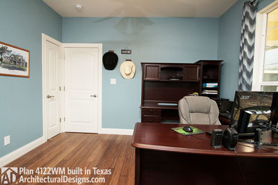 House Plan 4122WM comes to life in Texas again with an expanded garage! - photo 024