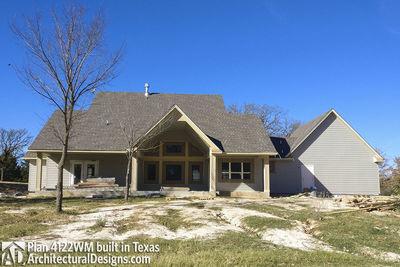 Farmhouse Plan 4122WM comes to life in Texas - photo 009