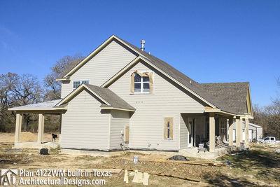 Farmhouse Plan 4122WM comes to life in Texas - photo 010