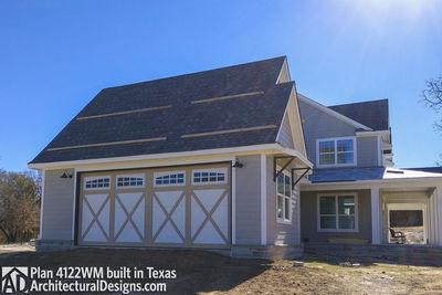 Farmhouse Plan 4122WM comes to life in Texas - photo 002
