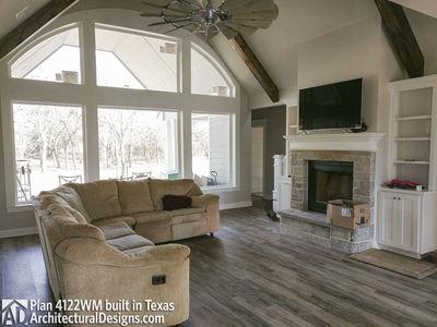 Farmhouse Plan 4122WM comes to life in Texas - photo 003