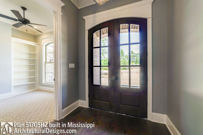 House Plan 51705HZ built with an all-brick exterior in Mississippi - photo 002