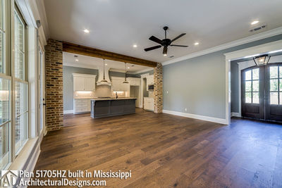 House Plan 51705HZ built with an all-brick exterior in Mississippi - photo 006