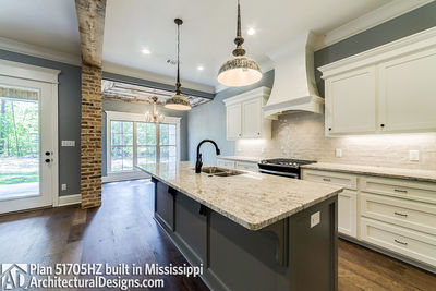 House Plan 51705HZ built with an all-brick exterior in Mississippi - photo 009