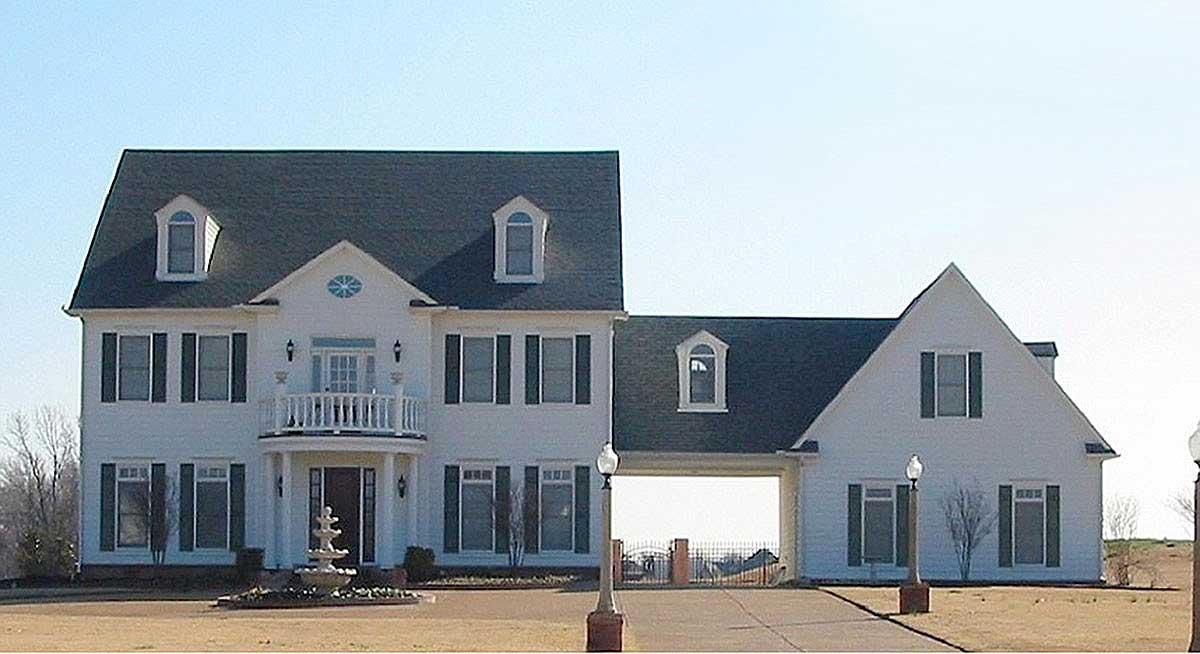 Center Hall Colonial House Plan - 58475SV