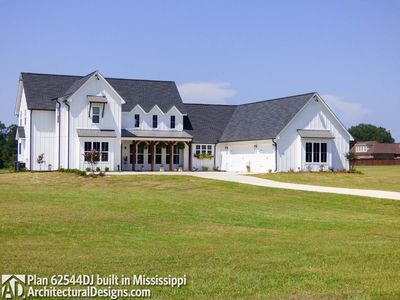 Modern Farmhouse Plan 62544DJ comes to life in Mississippi - photo 002