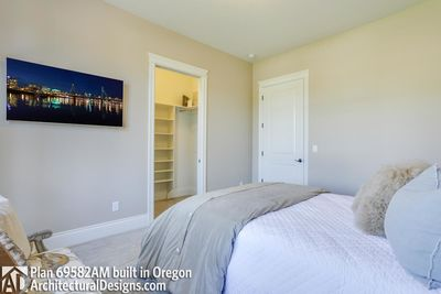 House Plan 69582AM comes to life in Oregon - photo 079
