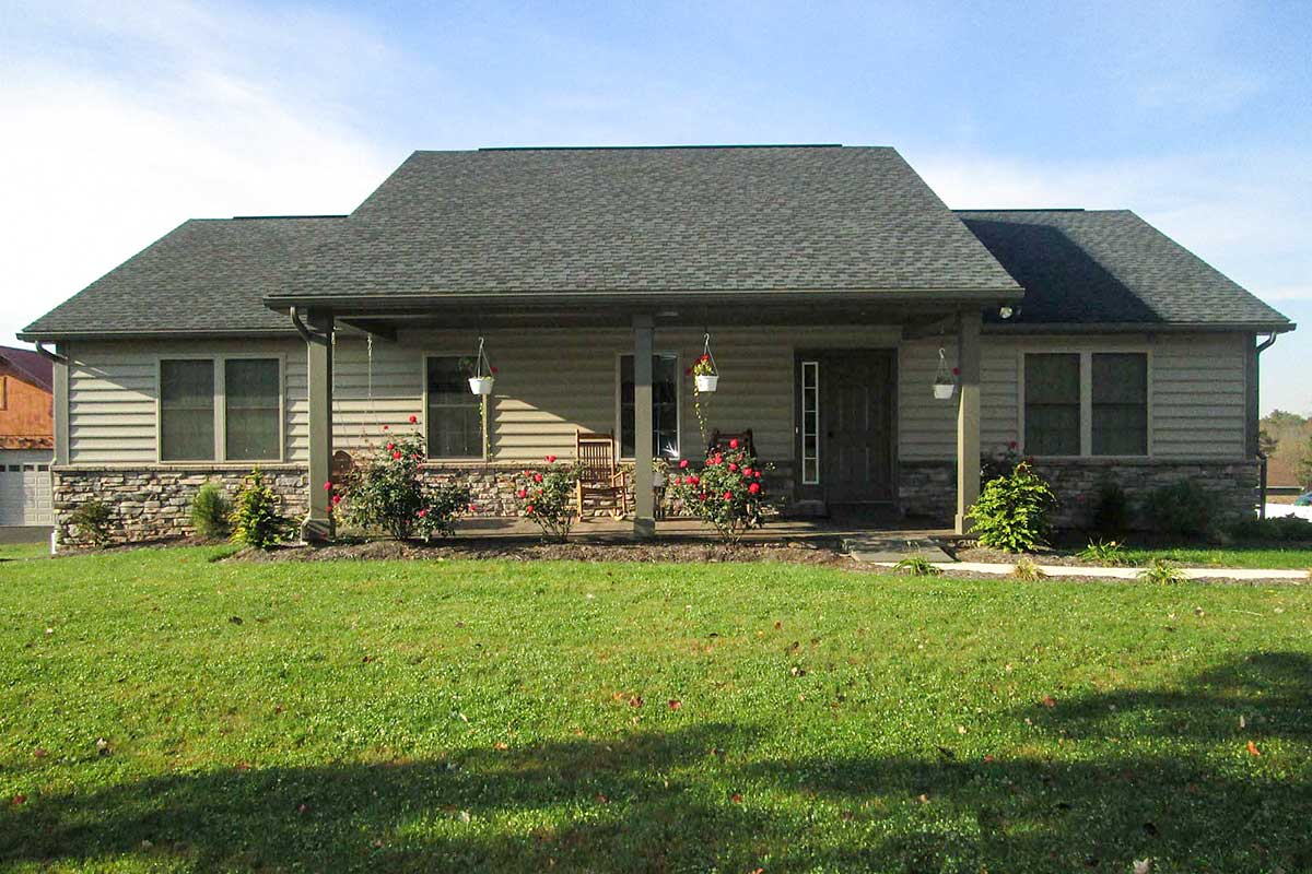 Ranch Home With A Big Front Porch 91114lh