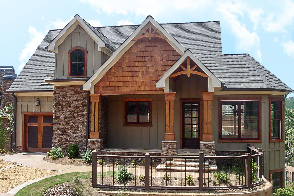 Mountain Home With Vaulted Ceilings