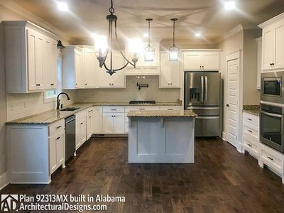 House Plan 92313MX comes to life in Alabama - photo 007